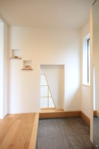 栃木県上三川の耐震住宅施工事例H邸の玄関