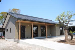 栃木県上三川の耐震住宅施工事例M邸のアプローチ